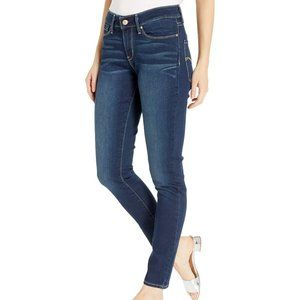 Signature Levi Strauss Gold Mid Rise Skinny Jeans